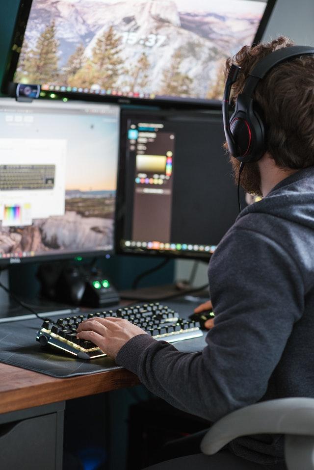 monitory dla graczy do 5000 zł