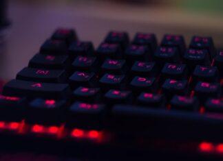najlepsze klawiatury gamingowe do 400 zł
