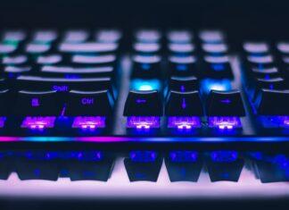 najlepsze klawiatury gamingowe do 1000 zł